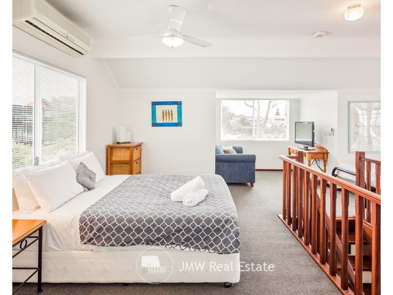 7/83 Gifford Road, Dunsborough WA 6281