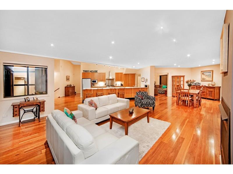 31 Reserve Drive, Bateau Bay NSW 2261