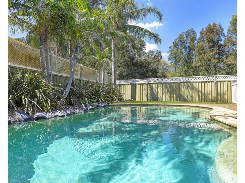12 Augustus Place, Bateau Bay NSW 2261
