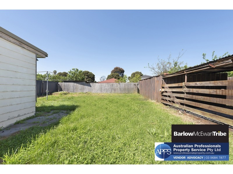 2 Hatherley Grove, Altona North VIC 3025