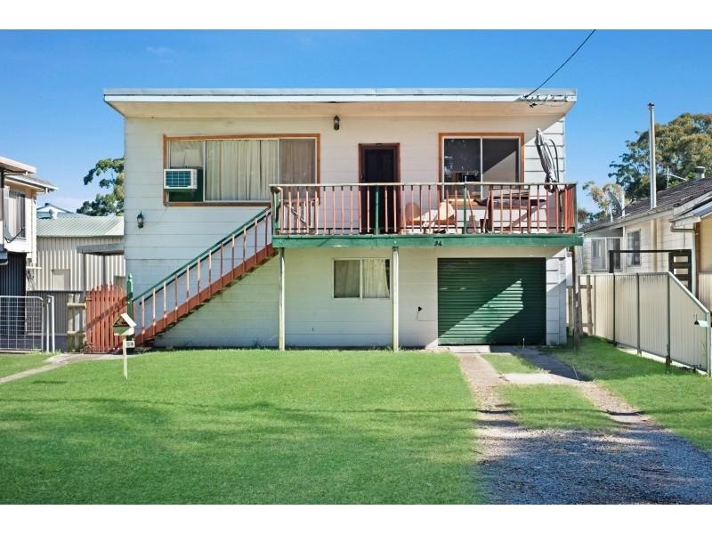 34 Avenue of the Allies, Tanilba Bay NSW 2319