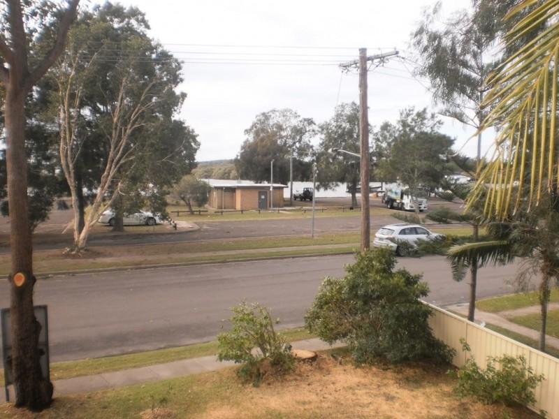 33 Cook Parade, Lemon Tree Passage NSW 2319