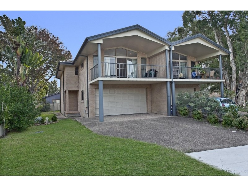 1 / 3 Tanilba Avenue, Tanilba Bay NSW 2319
