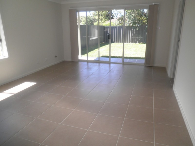 2/10 Charles Street, North Richmond NSW 2754
