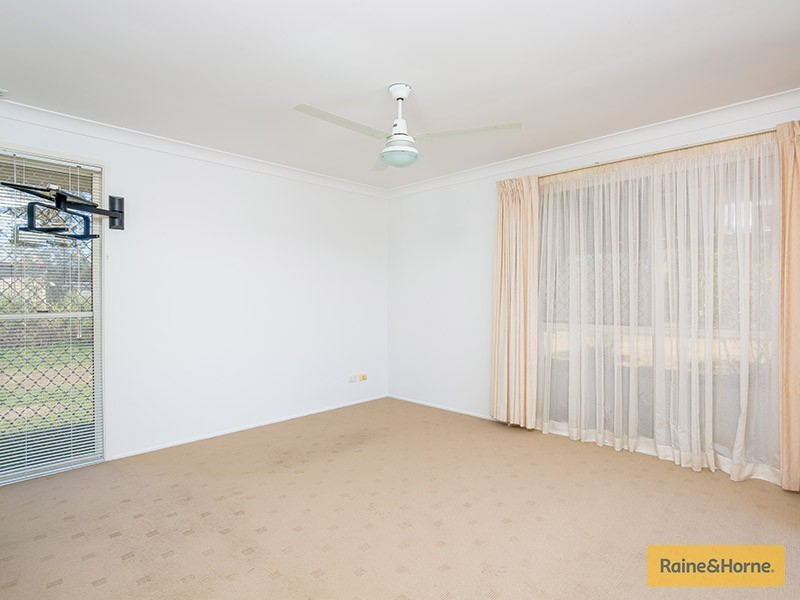279 Old Bay Rd, Burpengary QLD 4505