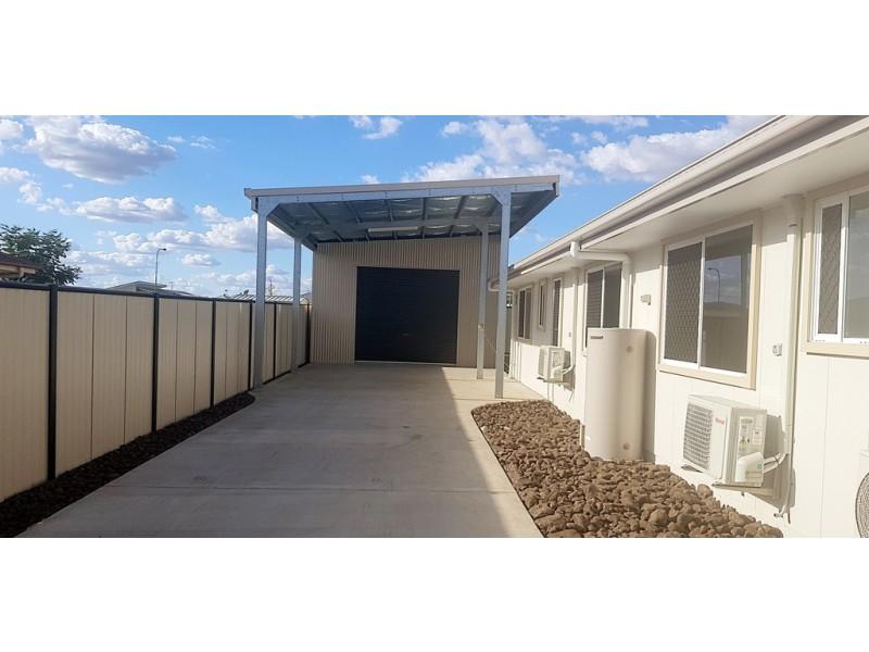 11 Vale Street, Emerald QLD 4720