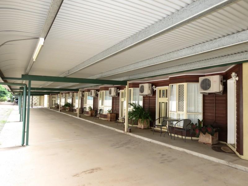 15 Peak Downs Street, Capella QLD 4723