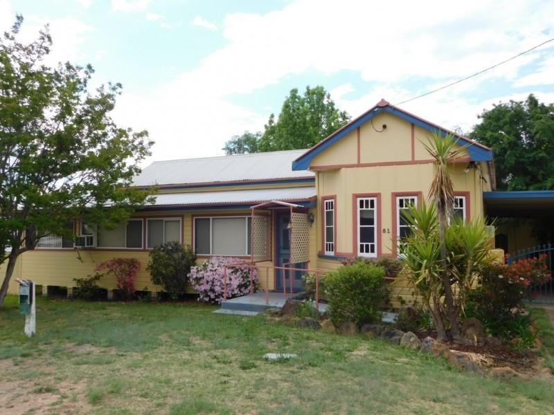 81 Edwards St, Coonabarabran NSW 2357