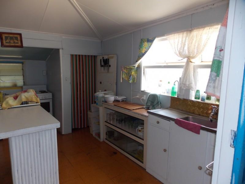 31 GARDEN ST, Blackall QLD 4472