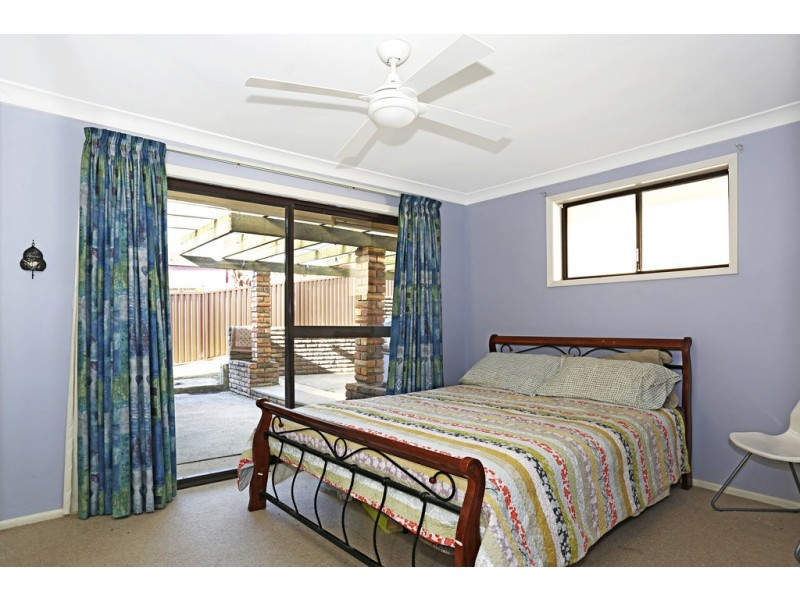 4 Larool Place, Engadine NSW 2233
