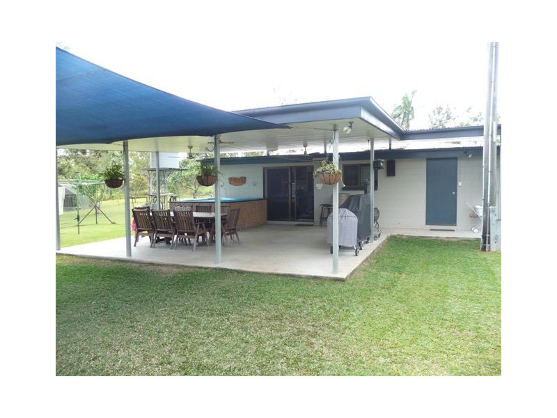111 Copleys Road, Abergowrie QLD 4850