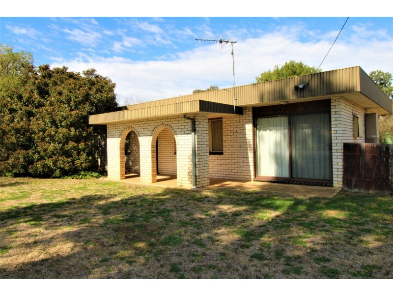 30 McAlister street, Darlington Point NSW 2706