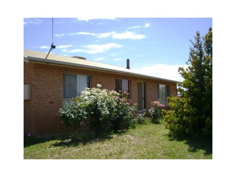 18 Narrand Street, Darlington Point NSW 2706