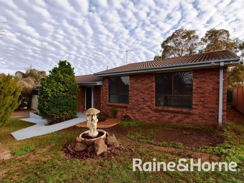 6 Fraser Place, Orange NSW 2800