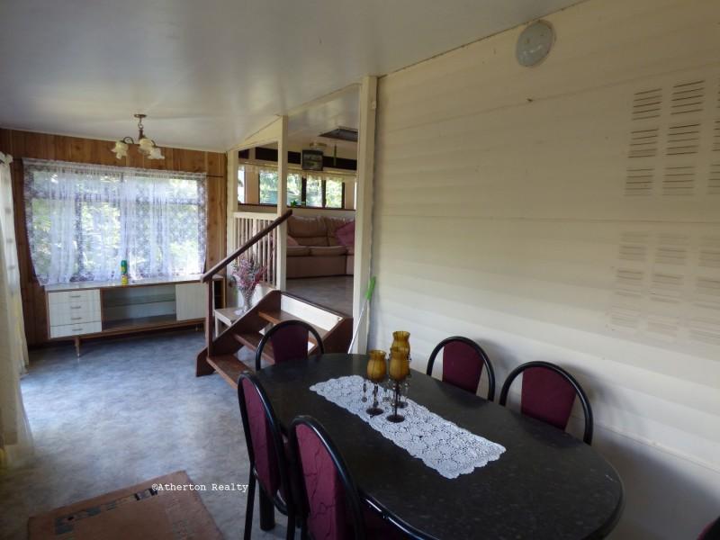 A2 Wallaby Way, Tinaroo QLD 4872
