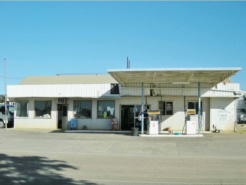 10 – 12 Gray Street, Hughenden QLD 4821
