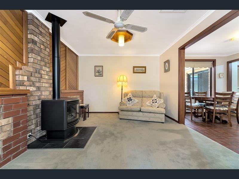 40 Tareena Street, Craigmore SA 5114