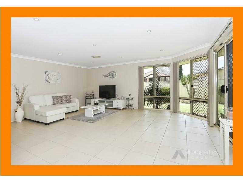 5 CORNELL CLOSE, Regents Park QLD 4118
