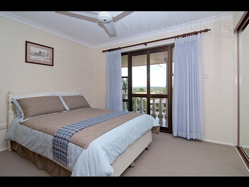 4 Aland Court, Brassall QLD 4305