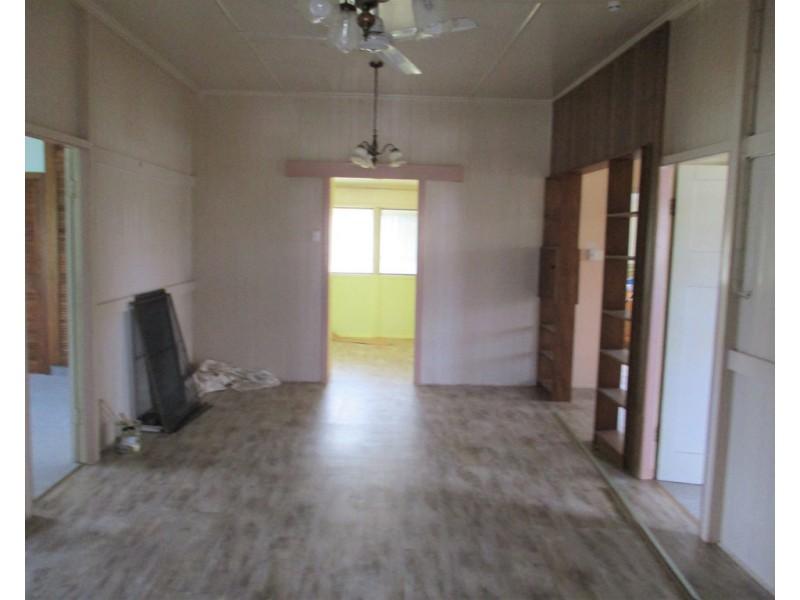 21 Smith Street, Proserpine QLD 4800