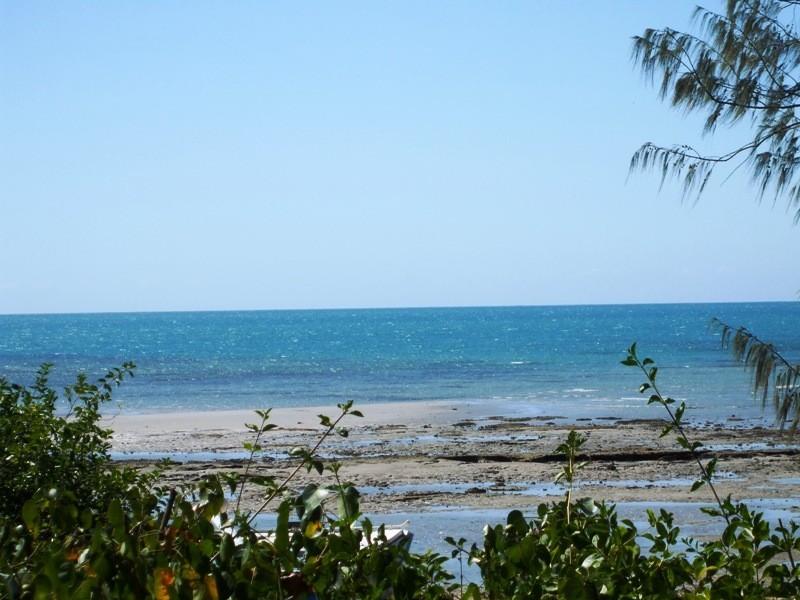 42 Gloucester Av., Hideaway Bay QLD 4800