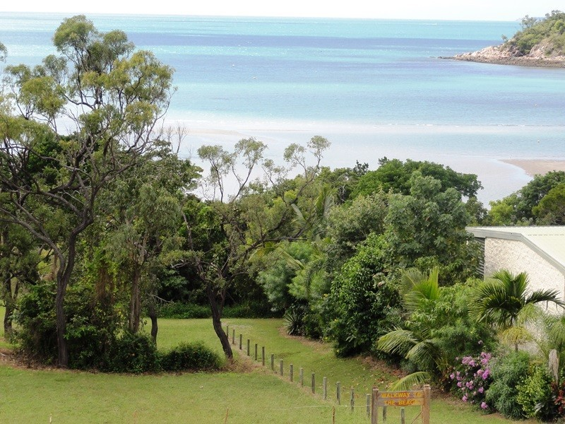 29 Gloucester Avenue, Hideaway Bay QLD 4800