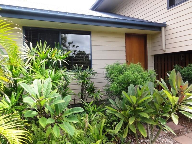 92 Gloucester Avenue, Hideaway Bay QLD 4800