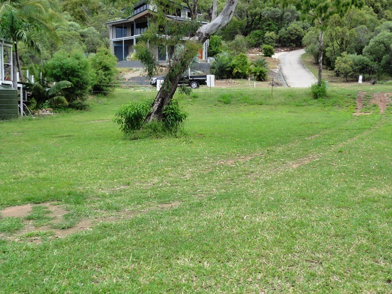 126 Gloucester Avenue, Hideaway Bay QLD 4800