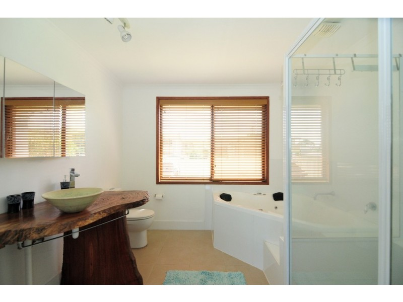 9 Crookhaven Road, Greenwell Point NSW 2540 Floorplan
