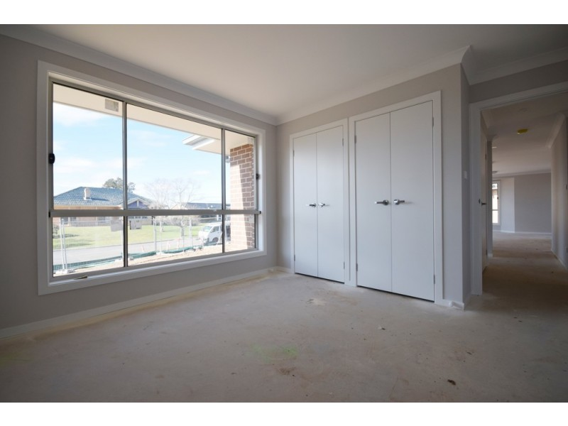 5/4 Dryden Close, Nowra NSW 2541