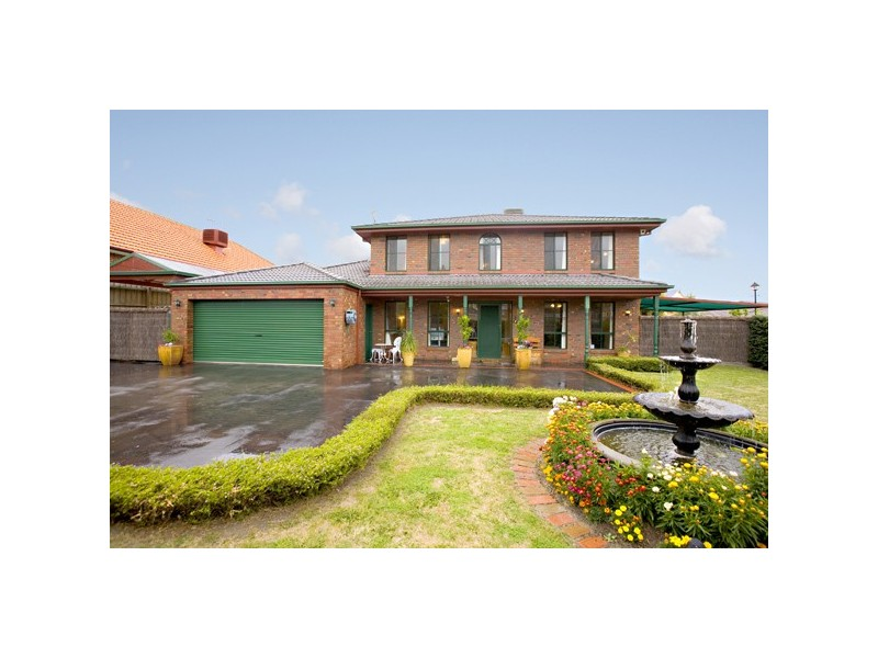 30  Janet Bowman Blvd, Beaconsfield VIC 3807