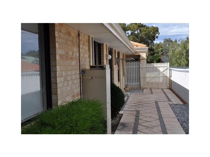 11 Harbour Elbow, Banksia Grove WA 6031