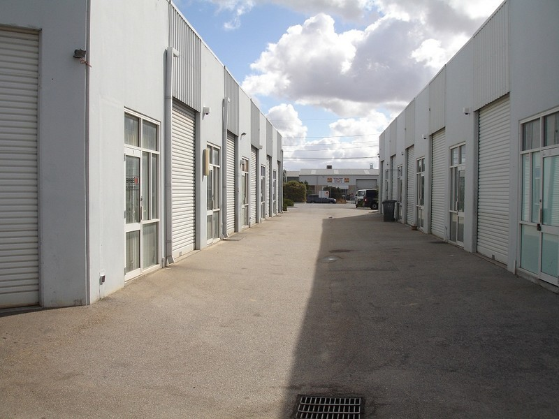 12/24 Vale Street, Malaga WA 6090