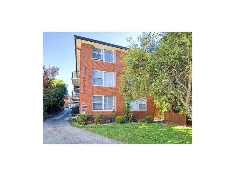 8 Webbs Ave, Ashfield NSW 2131
