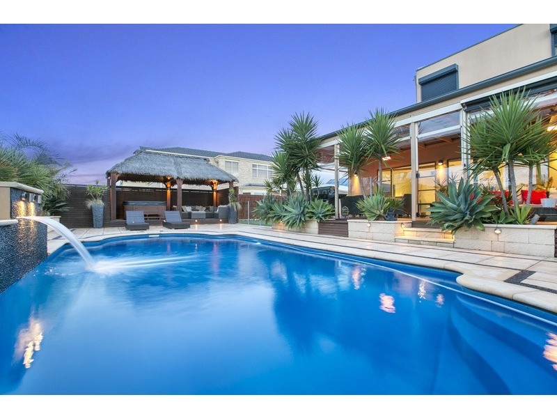38 Burlington Road, Hallett Cove SA 5158