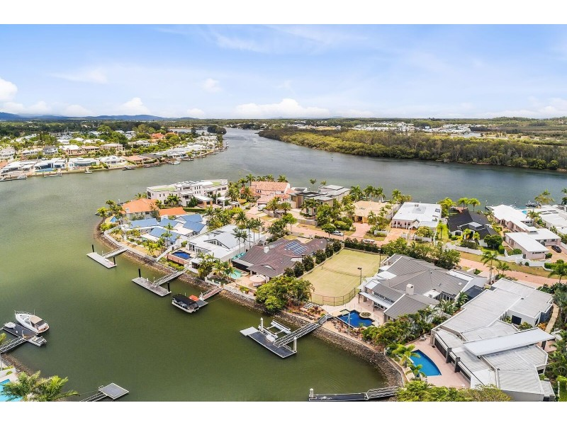 7302 BAYSIDE CLOSE, Sanctuary Cove QLD 4212