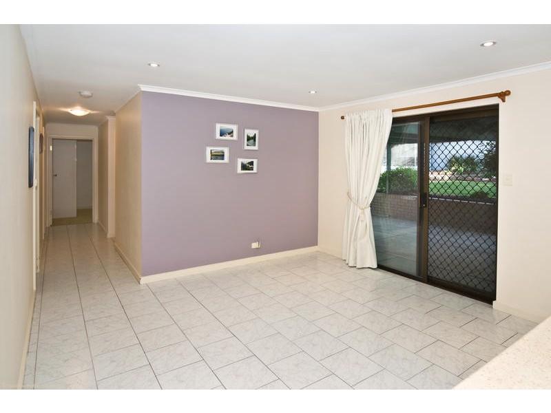 69 Sunnymeade Drive, Aberfoyle Park SA 5159