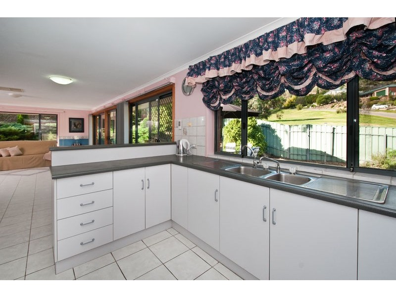 45 The Oaks Parade, Aberfoyle Park SA 5159