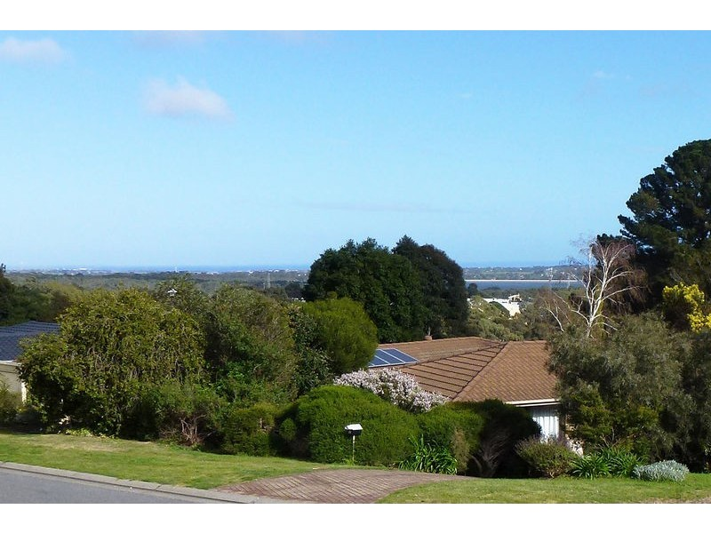 10 Panorama Dr, Aberfoyle Park SA 5159