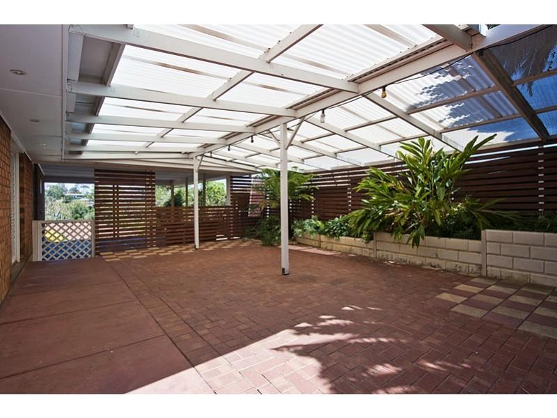 23 Banksia Rd, Aberfoyle Park SA 5159