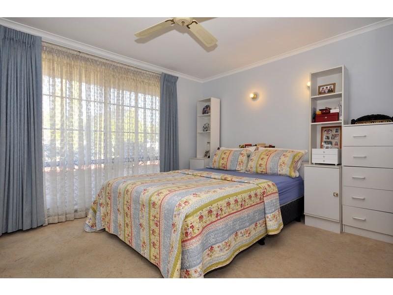 38 Serenade Crescent, Aberfoyle Park SA 5159