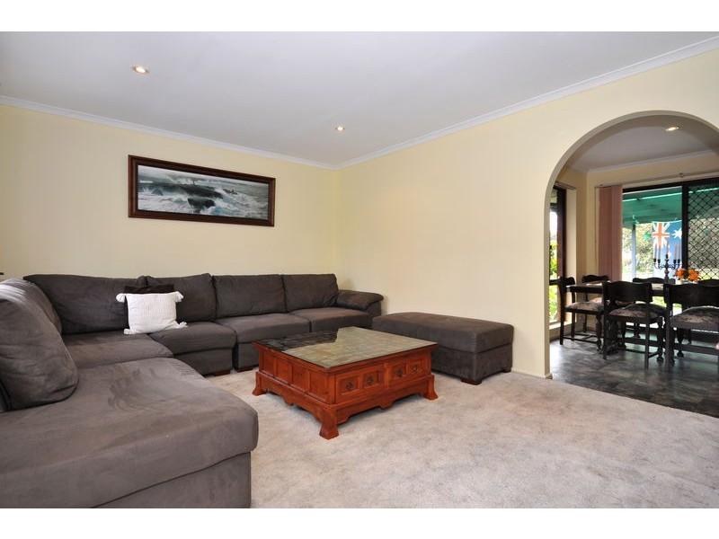 1 Bennett Close, Aberfoyle Park SA 5159