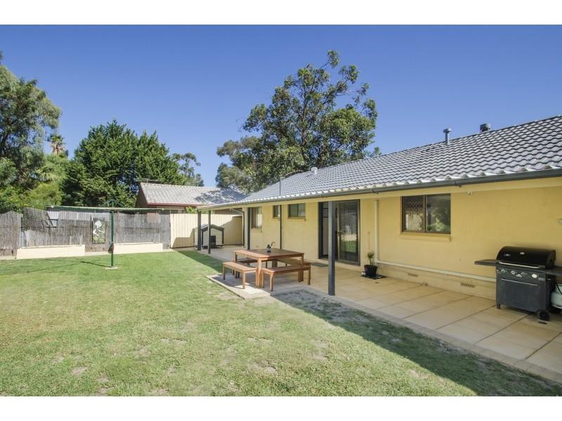 26 Tangara Drive, Aberfoyle Park SA 5159