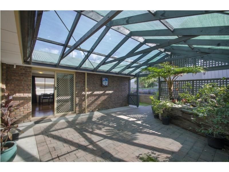 18 Sandler Gr, Aberfoyle Park SA 5159