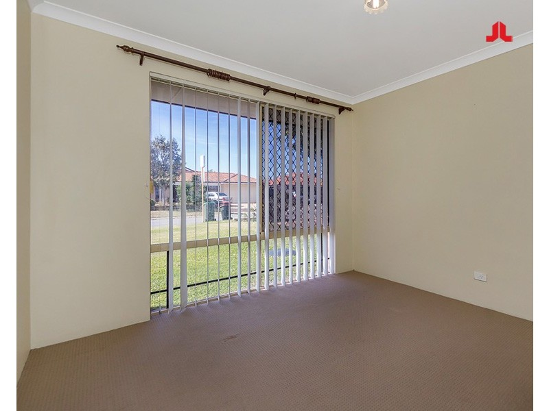 4 Grenadier Court, Warnbro WA 6169