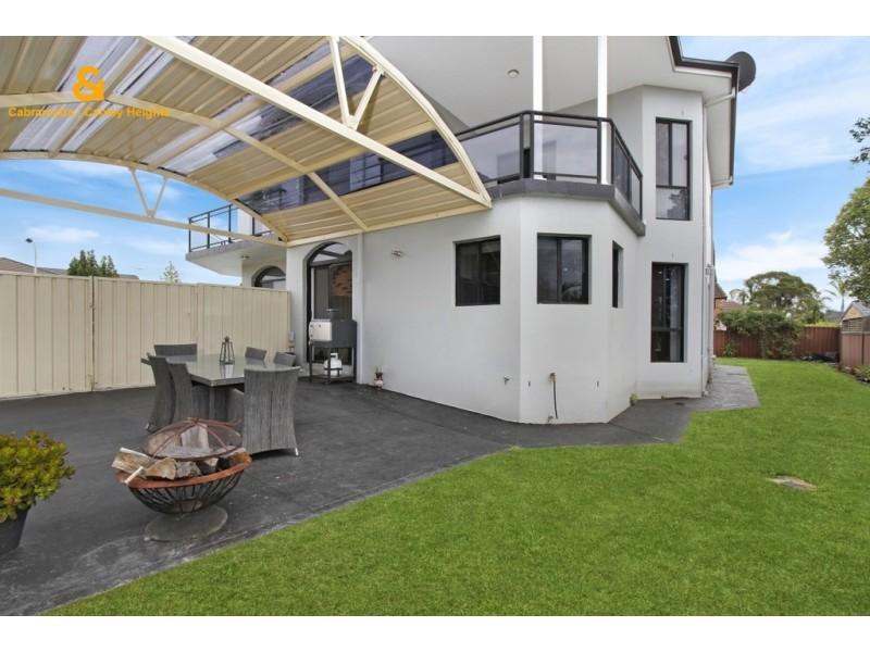 10 NOWLAND PLACE, Abbotsbury NSW 2176