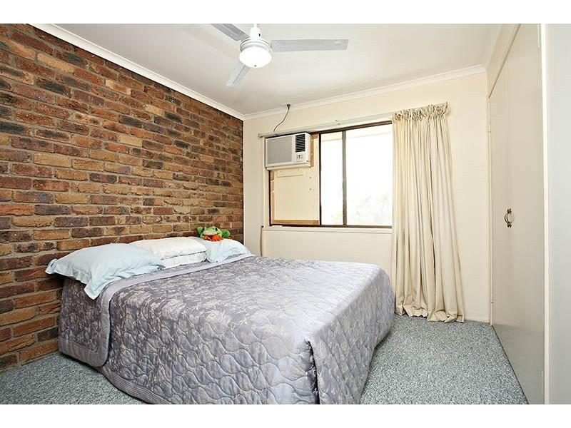2/19 Chatswood Road, Daisy Hill QLD 4127