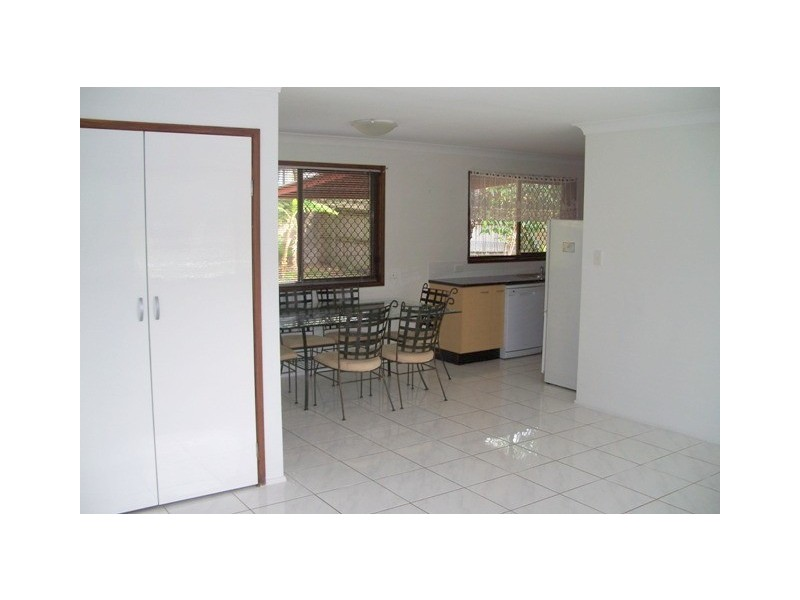36 Hepworth Street, Arundel QLD 4214