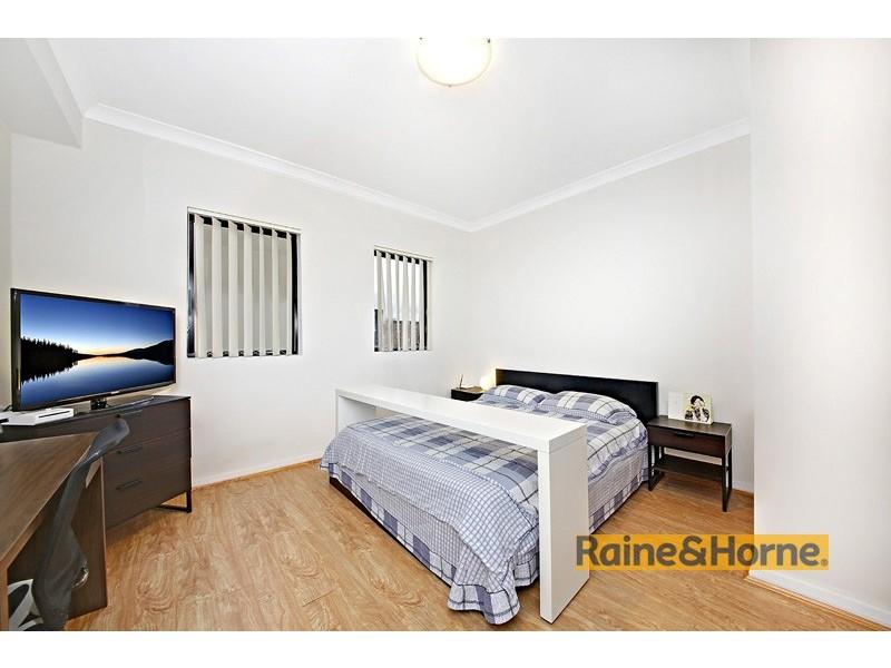 402c/5-11 Sixth Avenue, Campsie NSW 2194