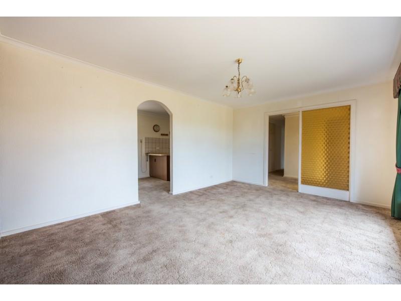 33 Midhurst Avenue, Christie Downs SA 5164